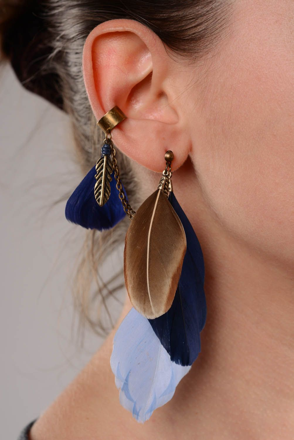 Cuff earrings with feathers Blue photo 3