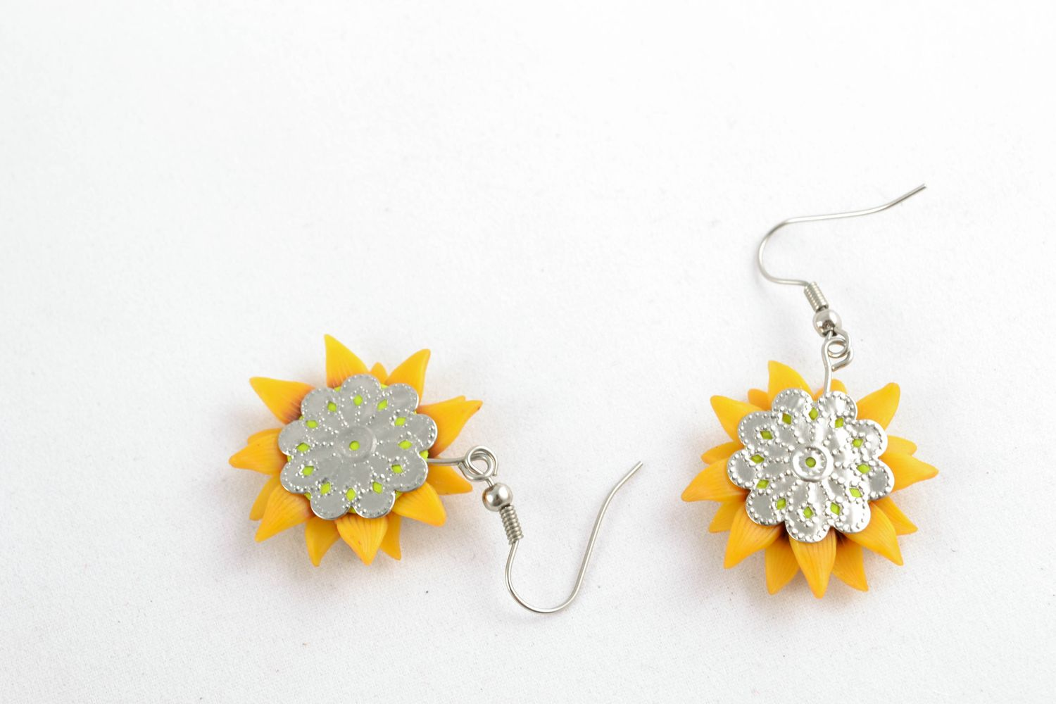 Polymer clay earrings in the shape of sunflowers photo 5