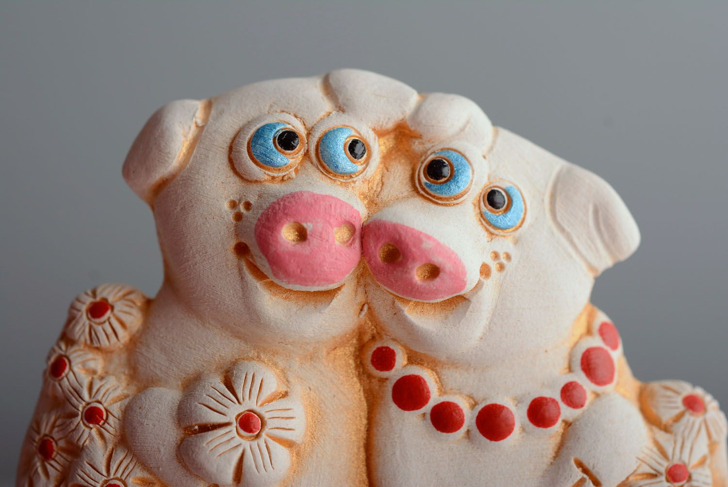 Ceramic fridge magnet Pigs photo 2