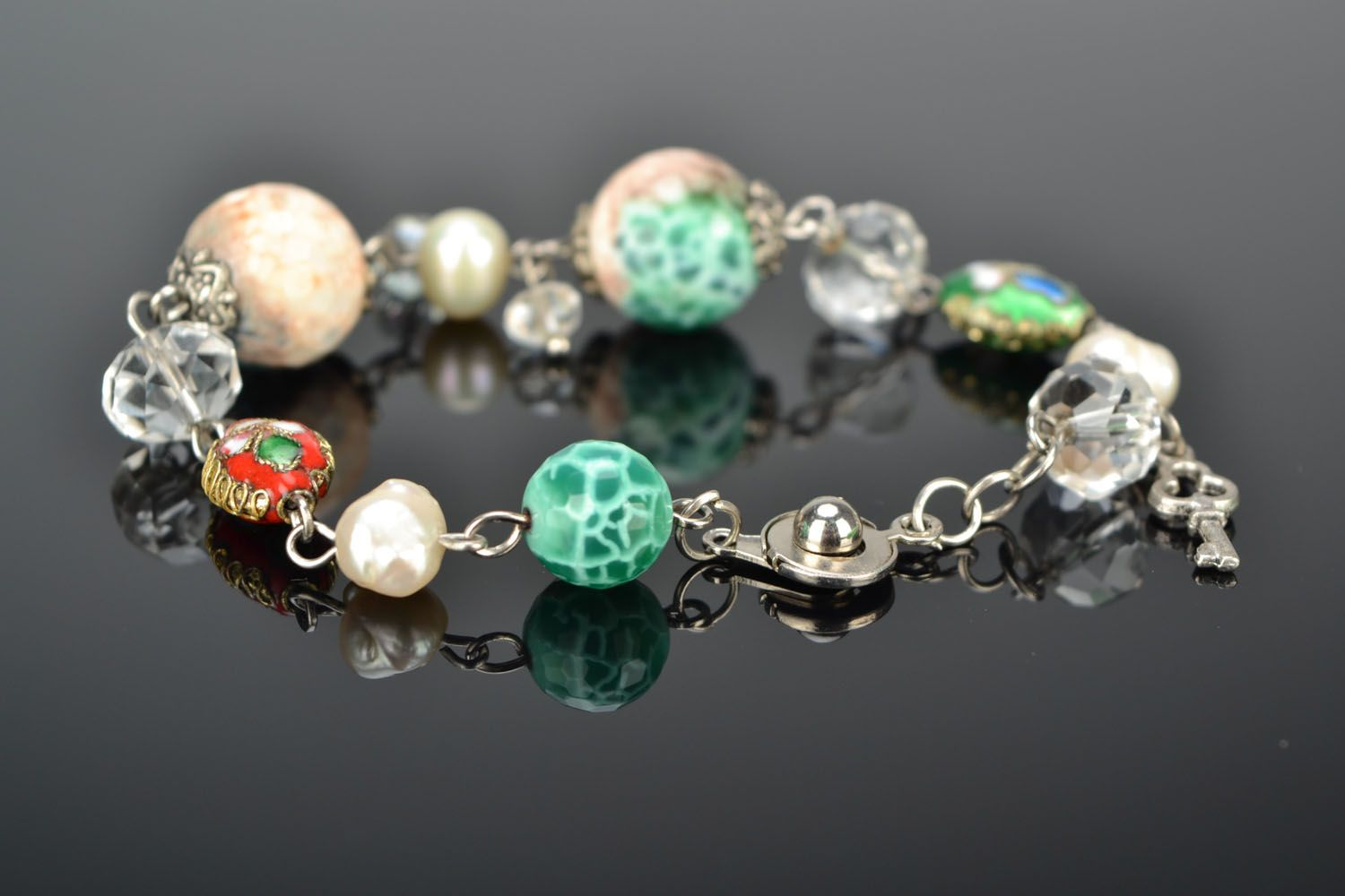 Bracelet with agate and river pearls photo 2