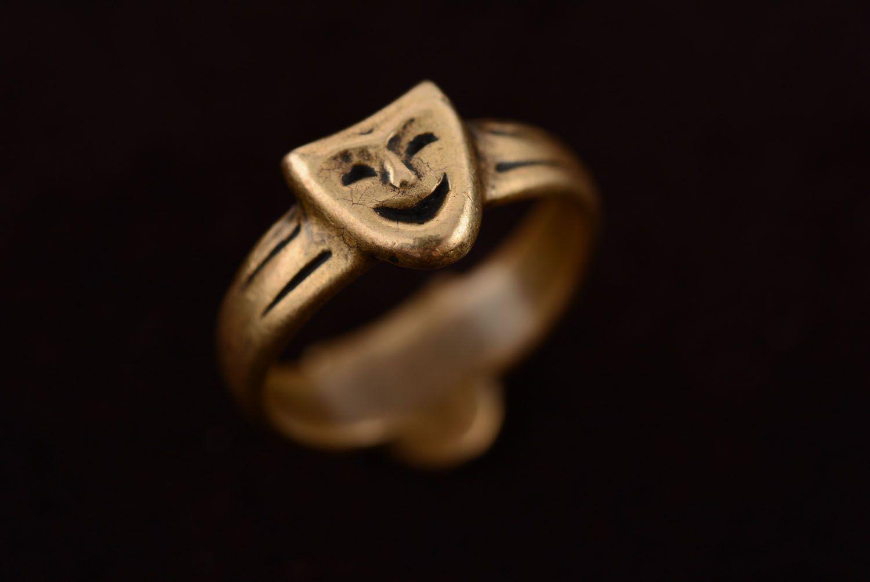 Кольцо из бронзы Маски фото 5