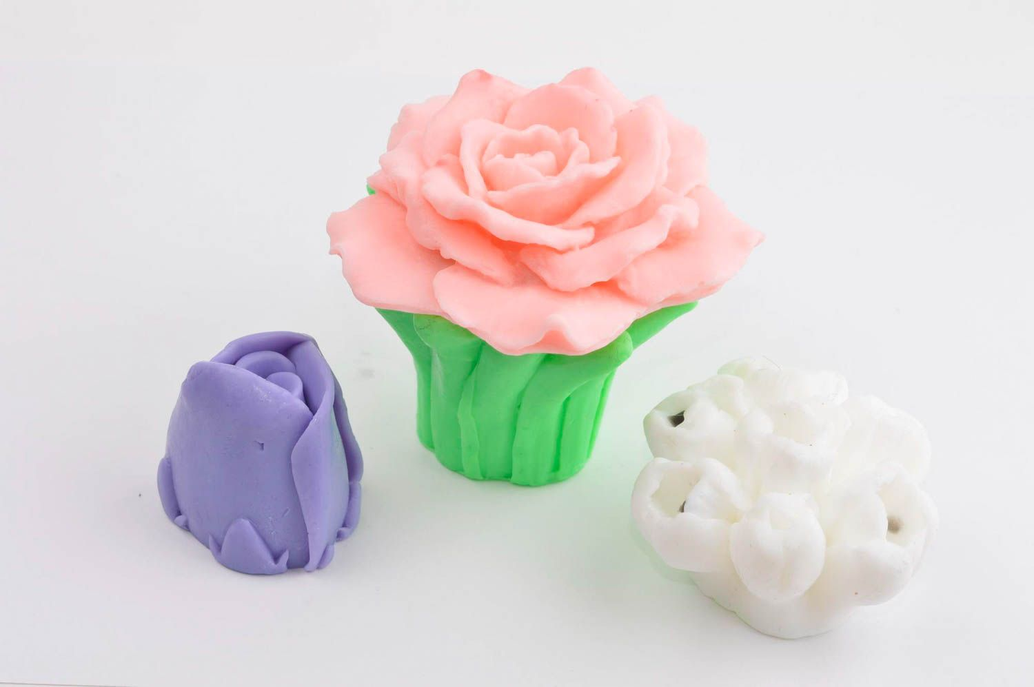 Handmade soap set natural cosmetics 4 flowers pieces natural soap gift idea photo 4