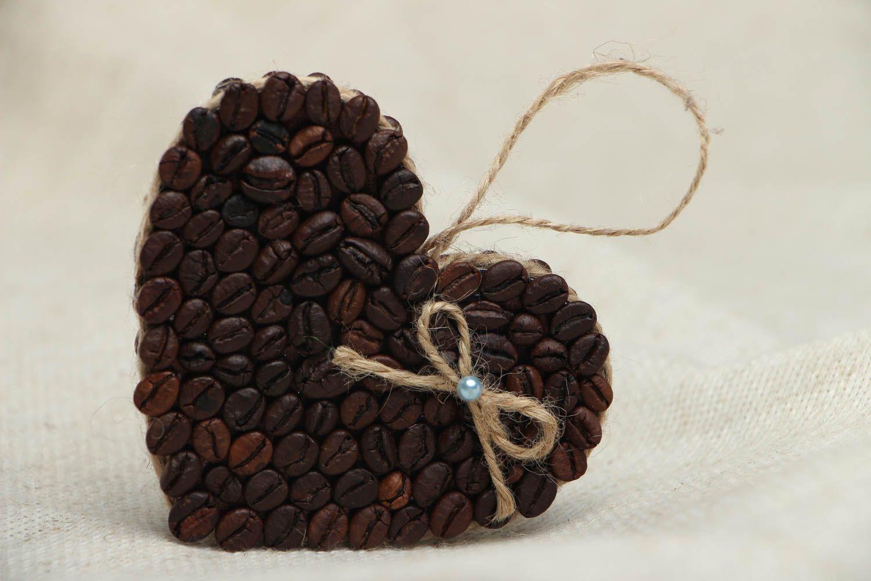 поделка из зерна кофе современном