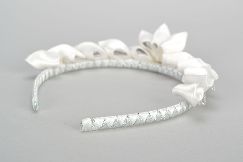 Homemade white diadem photo 4