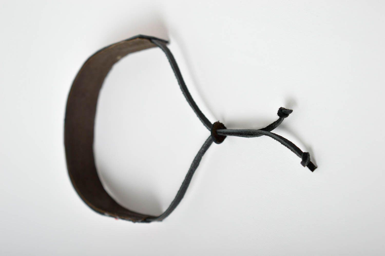 Аксессуар из кожи ручная работа кожаный браслет с орнаментом браслет на руку фото 3
