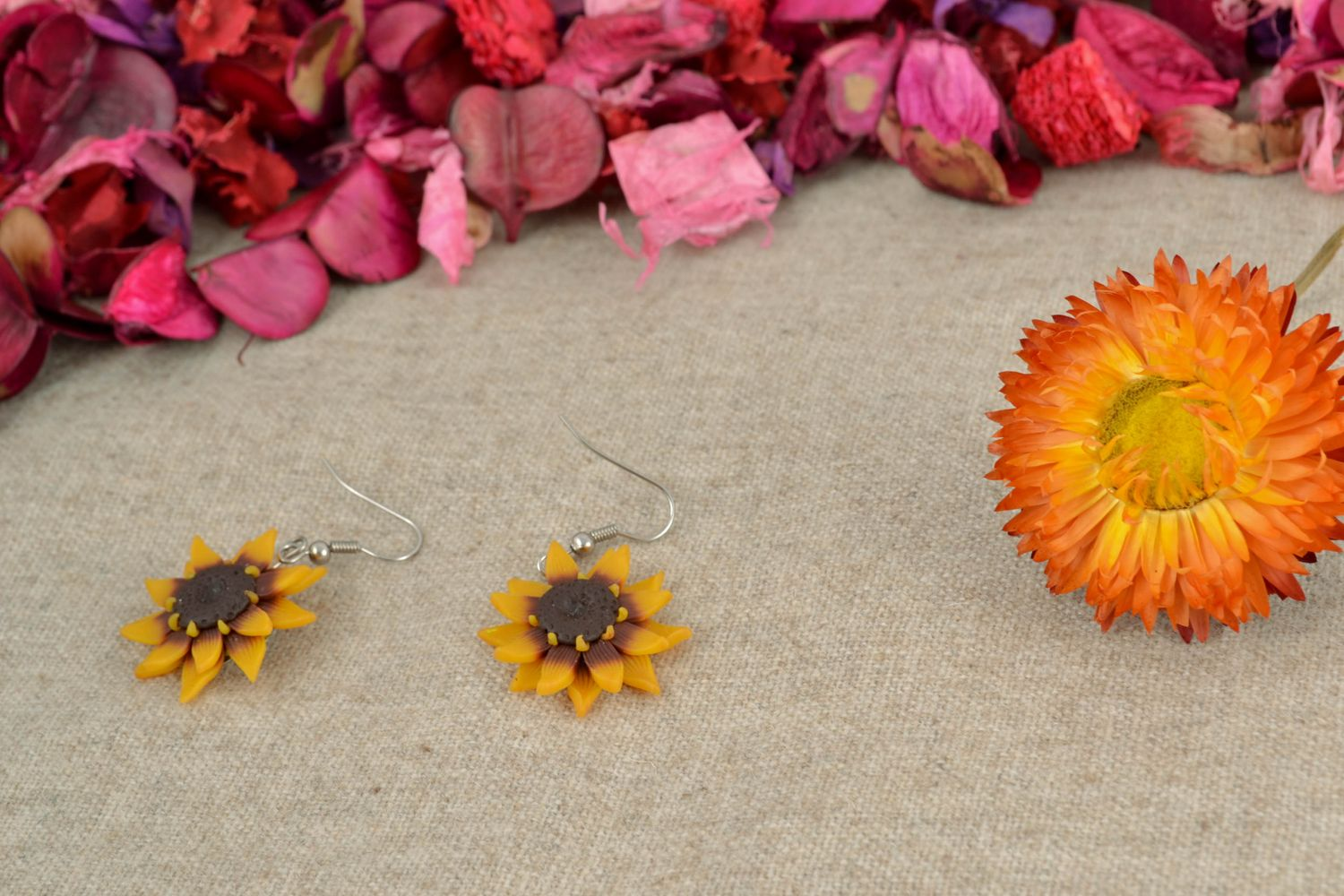 Polymer clay earrings in the shape of sunflowers photo 1