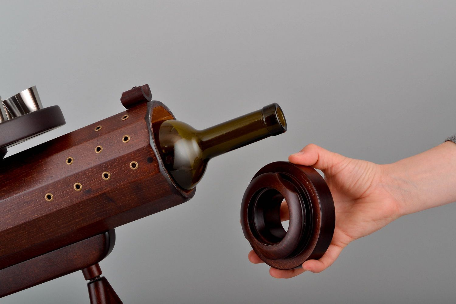Wooden wine bottle stand in the form of a gun photo 4