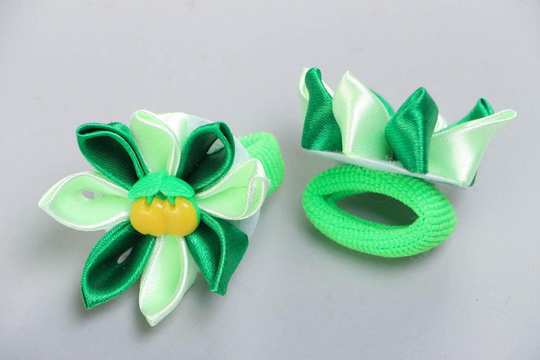 Set of 2 beautiful handmade green fabric flower hair ties kanzashi technique photo 3