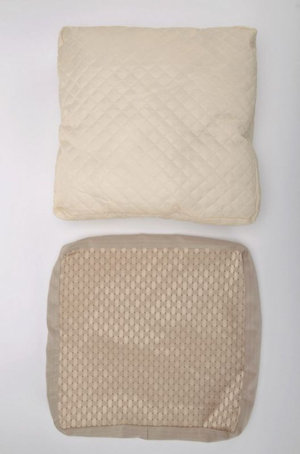 Pillow made from cotton and polyester with lace photo 4