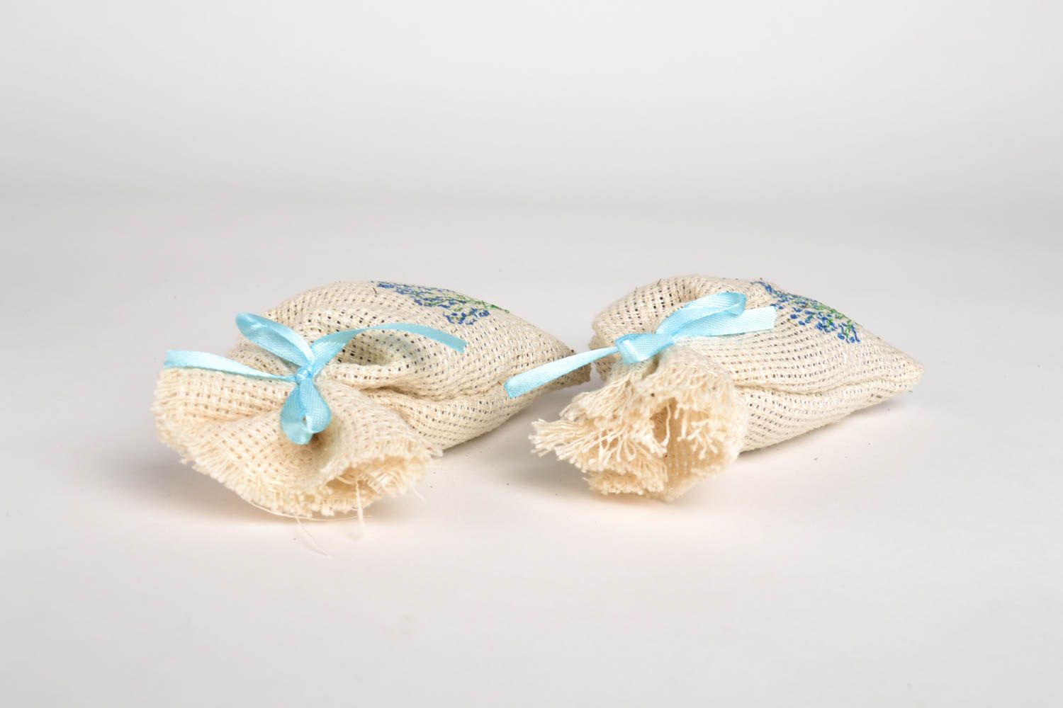 Handmade sachet bag with herbs home design aromatherapy at home small gifts photo 3