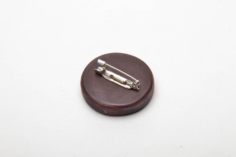 Round wooden brooch photo 4