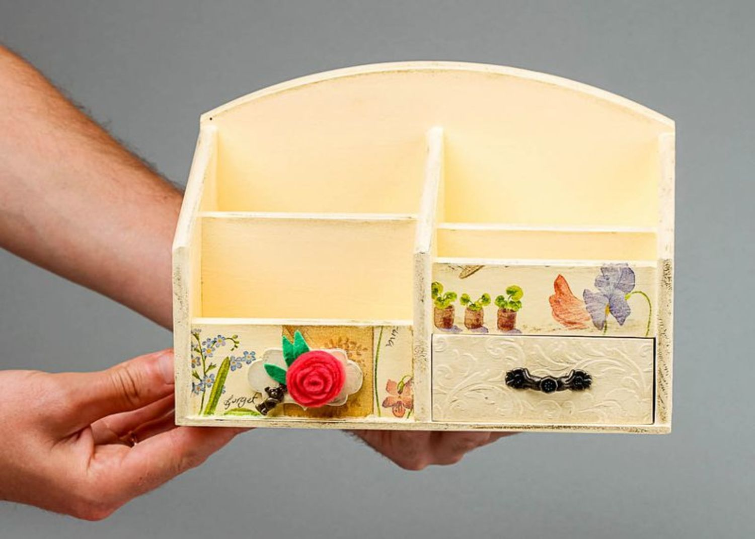 Wooden jewelry box with splotchy effect photo 5