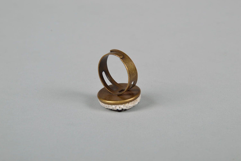 Runder Ring mit Stickerei foto 4