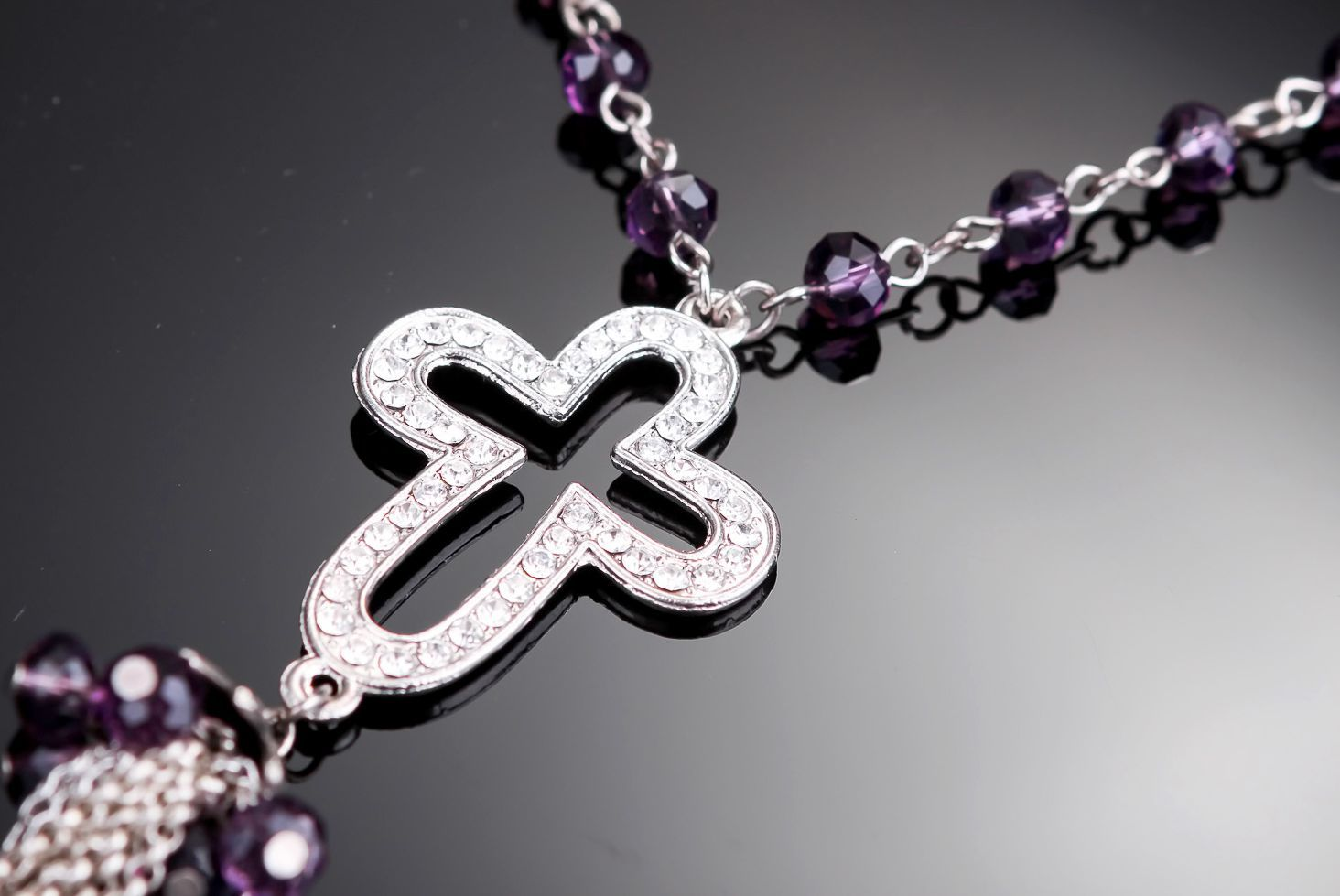rosary beads Necklace with cross and pendant - MADEheart.com