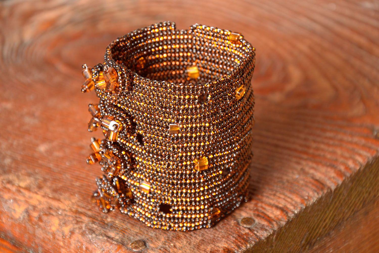 Beaded wrist bracelet photo 1