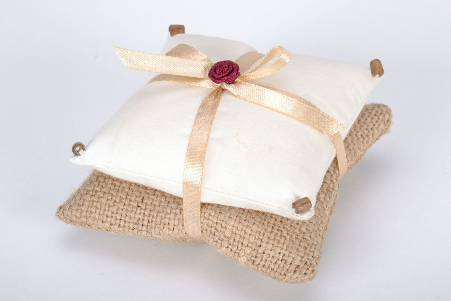 Pillow with herbs photo 3