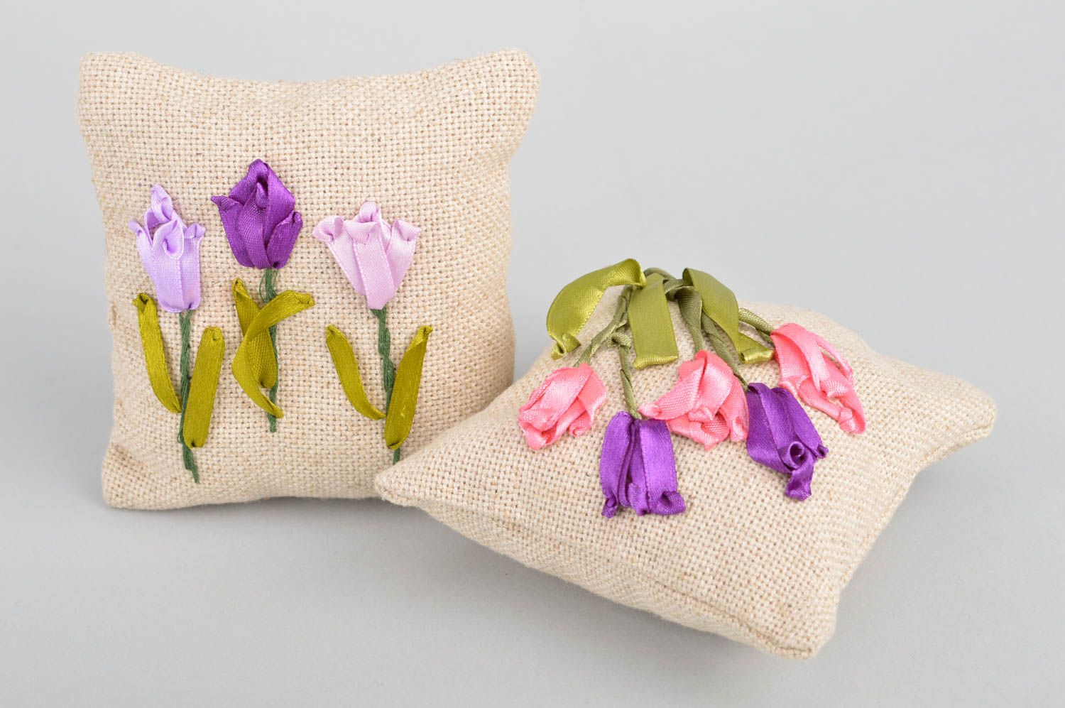 Set of 2 handmade decorative fragrant sachet pillows with herbs for home  photo 2