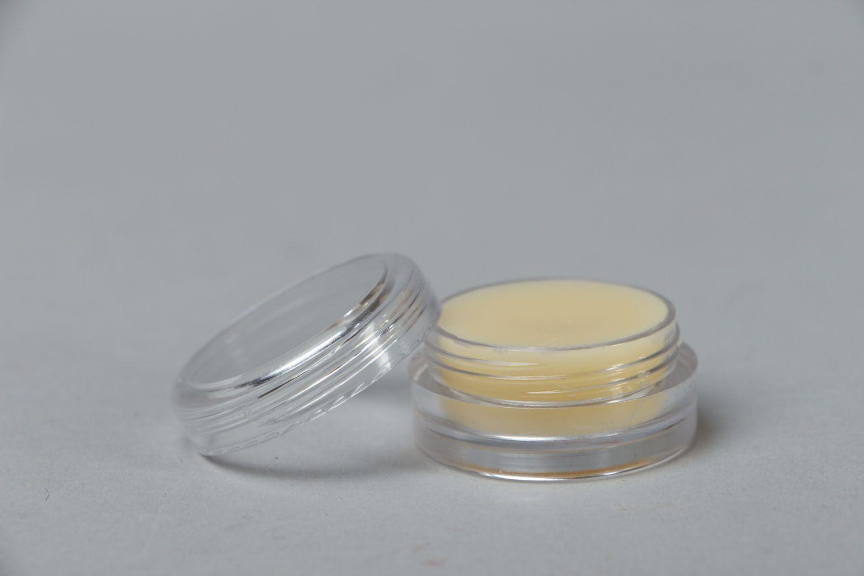 Children's lip balm photo 1