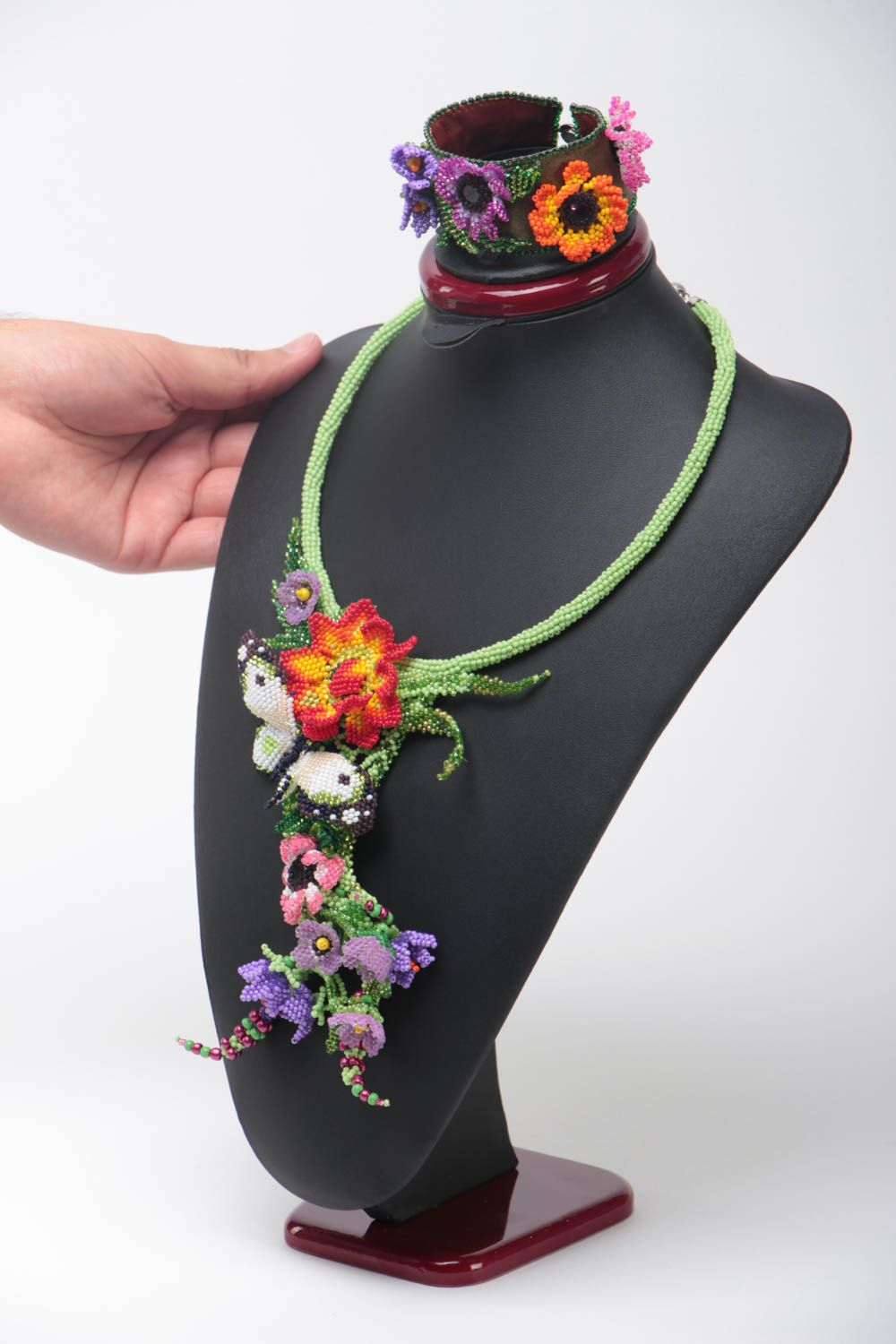 Set of handmade jewelry beaded necklace and bracelet massive flower accessories photo 5