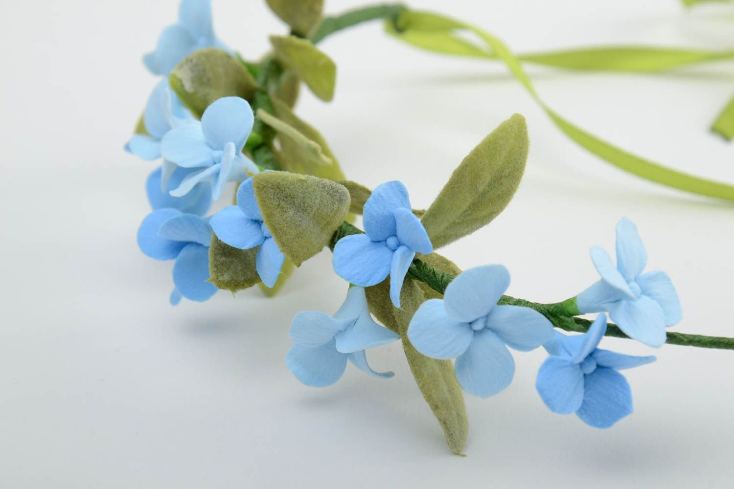 Handmade tender thin headband with polymer clay blue flowers and ribbon photo 4