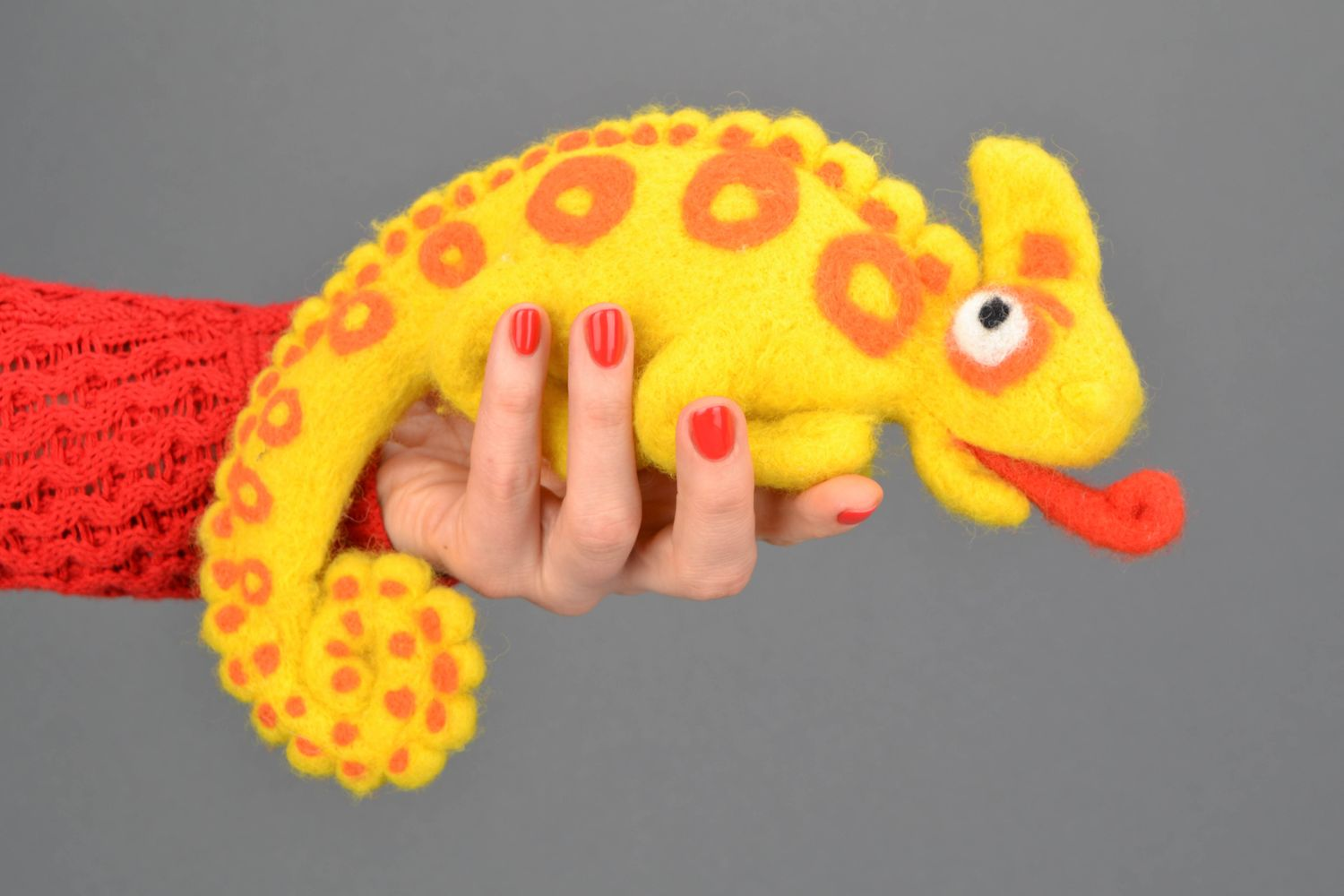 Handmade felt toy Chameleon photo 2