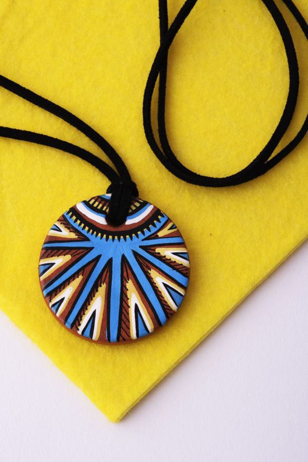 Clay painted pendant photo 3