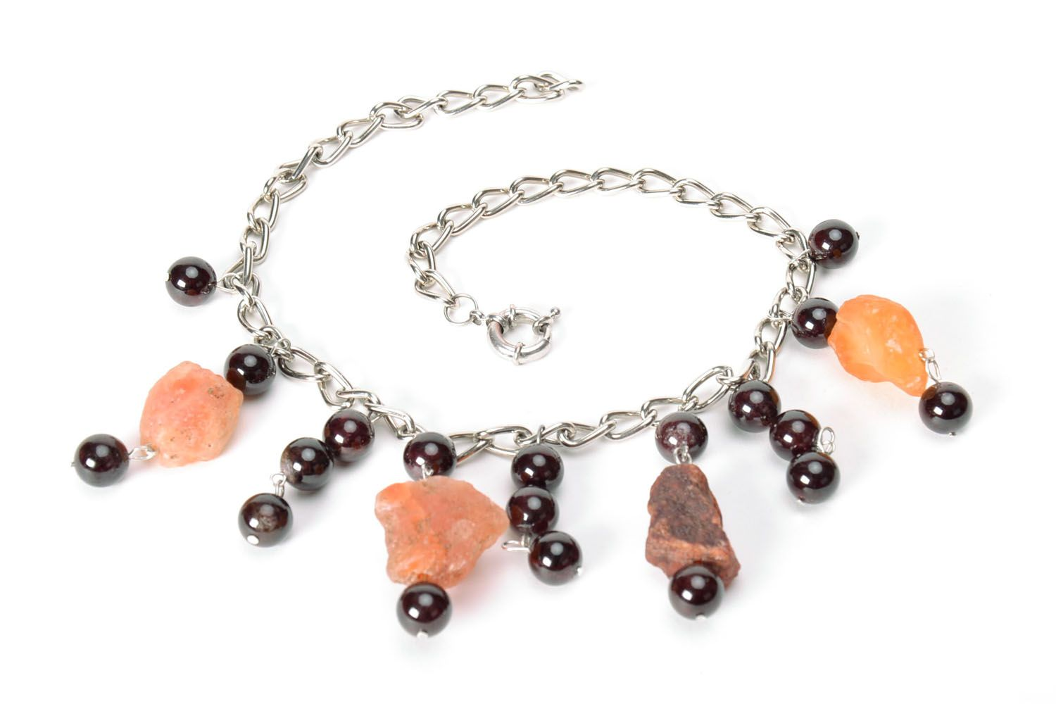 Fashionable necklace with natural stones photo 5