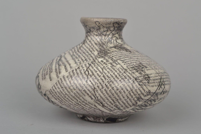5 inches flat newspaper design ceramic vase 0,67 lb photo 3
