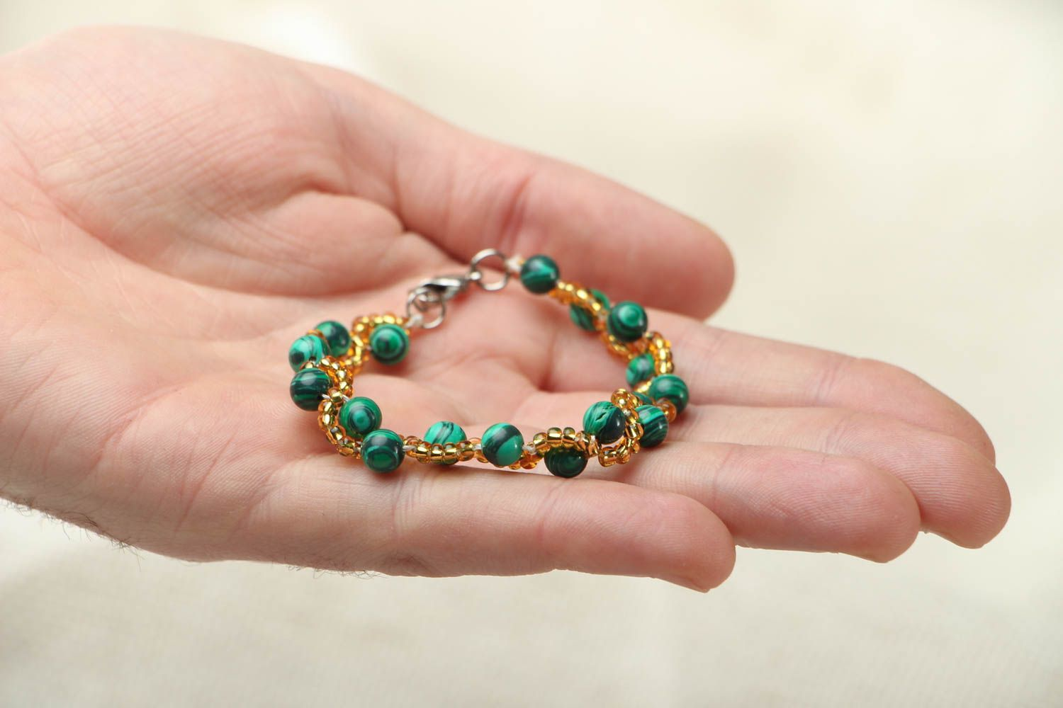 Wrist bracelet with malachite photo 3