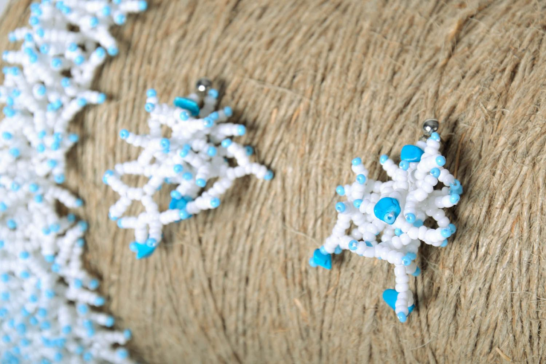 Beaded earrings White pearls photo 1