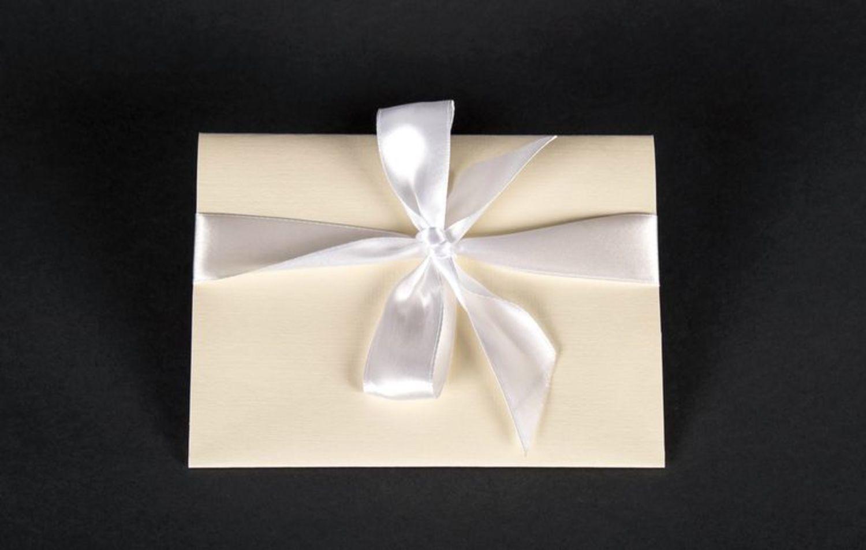 wedding accessories Money envelope white - MADEheart.com