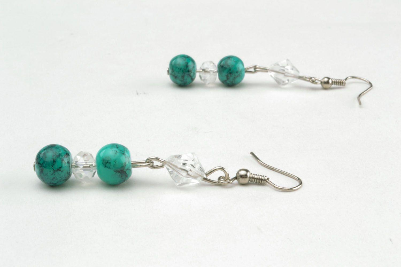 Lange Ohrringe mit Glasperlen foto 2
