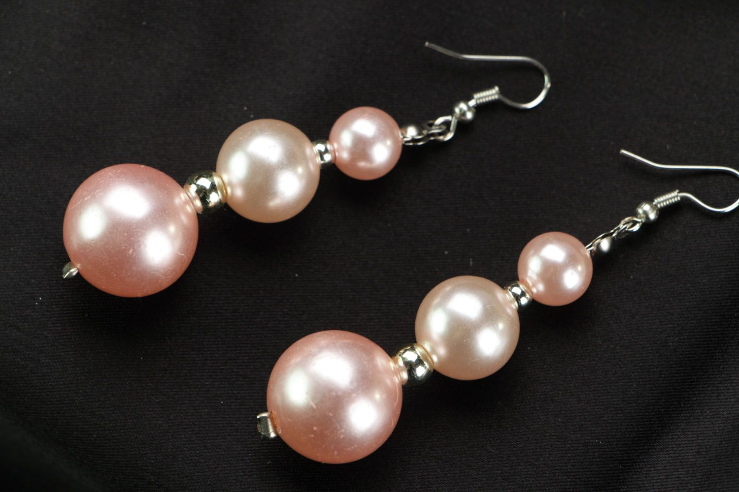 Earrings with pink beads photo 1