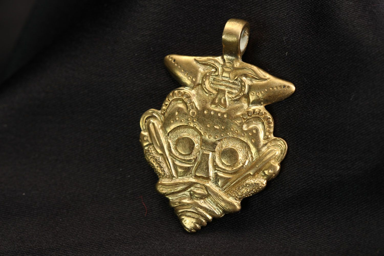 Bronze Pendant Mask of Odin photo 1