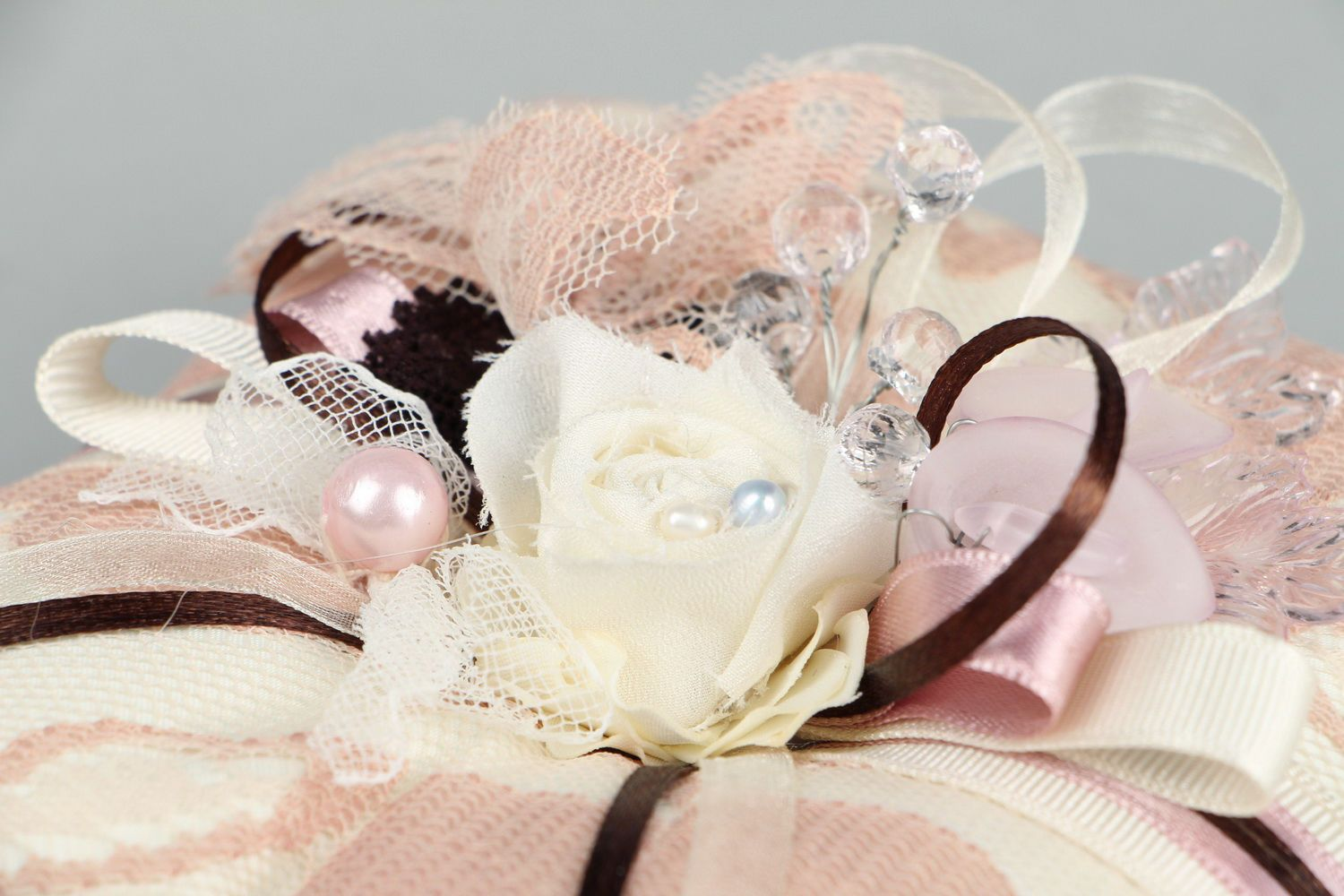 wedding accessories Wedding pillow for rings - MADEheart.com