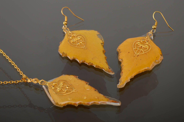 Yellow epoxy jewelry set photo 5