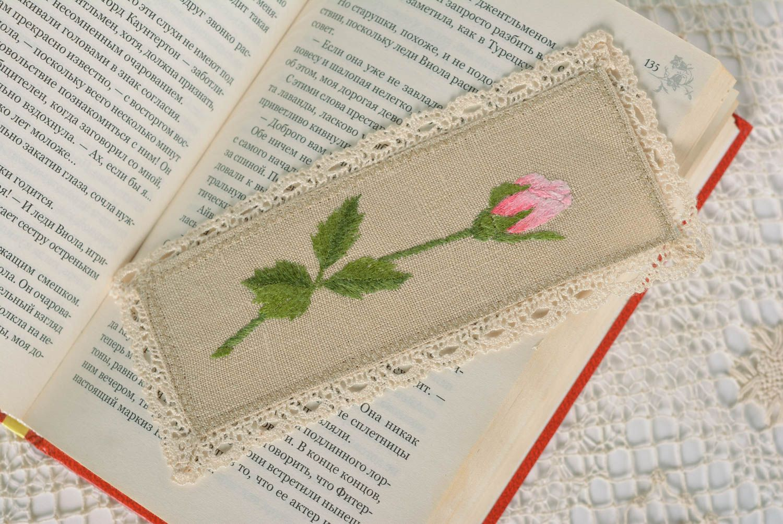 madeheart marque page fait main accessoire livre tissu de lin brod avec fleur id e cadeau. Black Bedroom Furniture Sets. Home Design Ideas