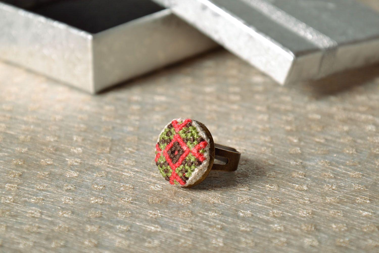 Handmade round seal ring photo 1