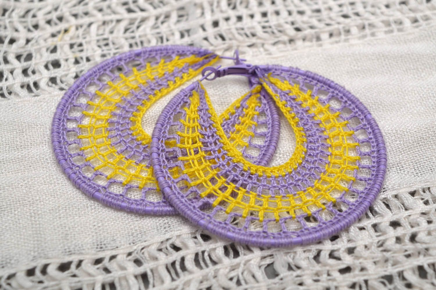 Large round earrings photo 1