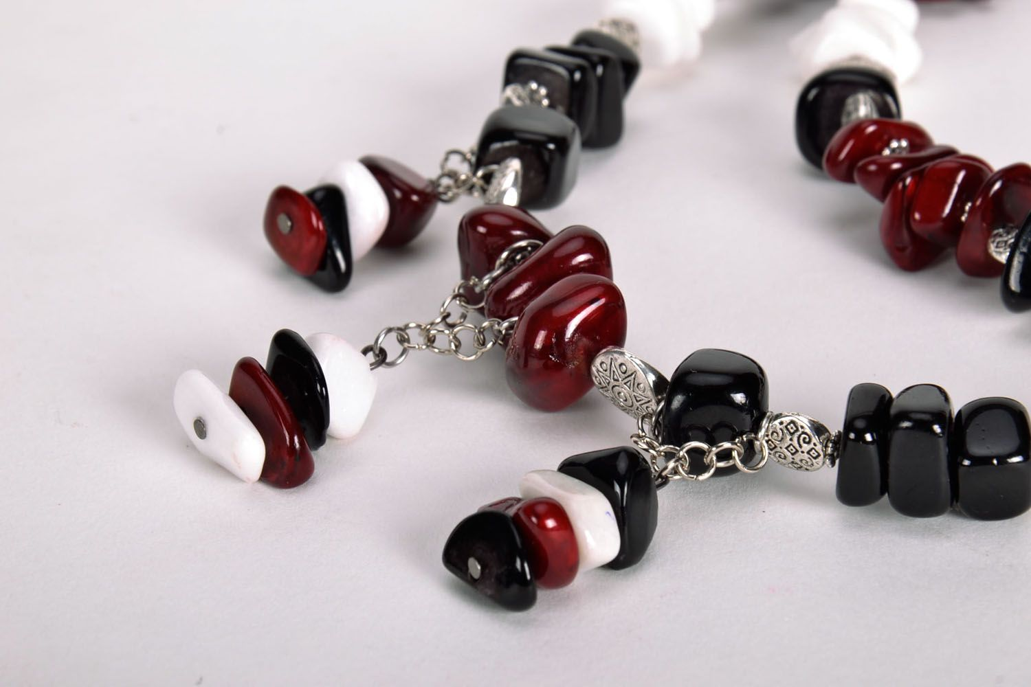 Homemade bead necklace with natural stones photo 4