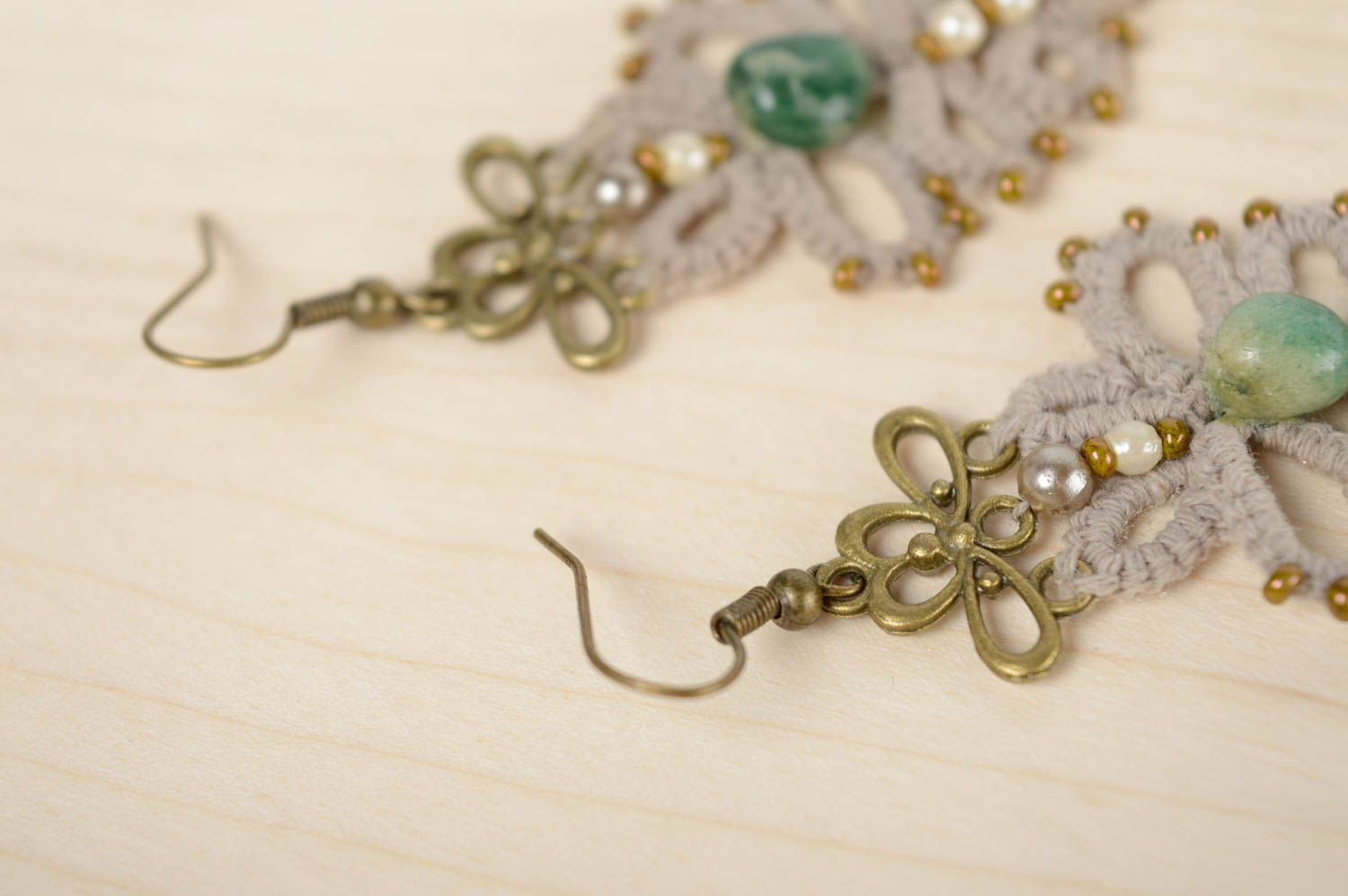 Crochet tatting earrings with natural stone photo 5