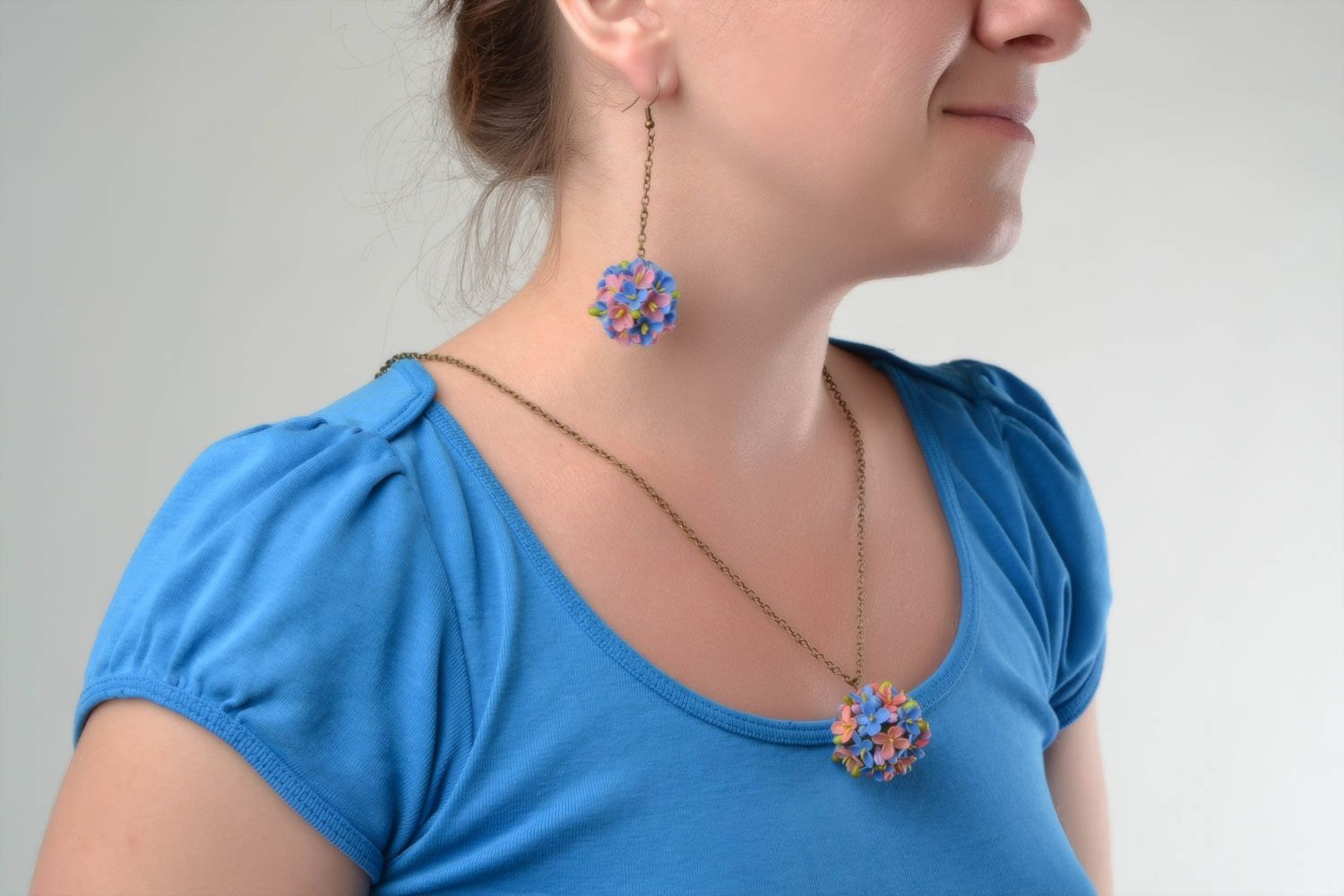 Beautiful design handmade cold porcelain jewelry set flower earrings and pendant photo 1
