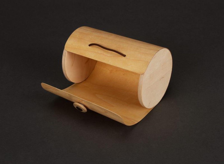 Box made of birch bark wood photo 1