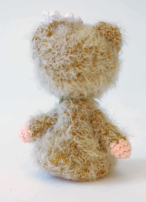 Игрушка вязаная Девочка-мишка фото 3