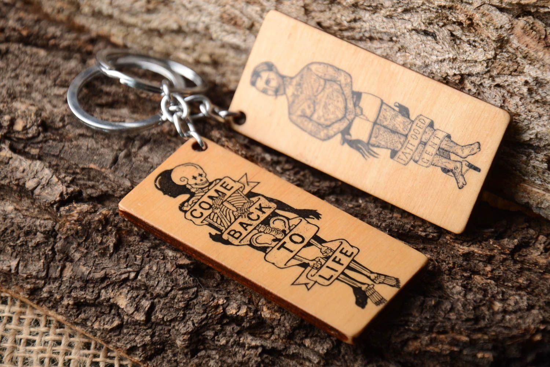 breloques Porte-clé en bois Porte-clef fait main 2 rectangulaires Cadeau  original - a4be60f416e