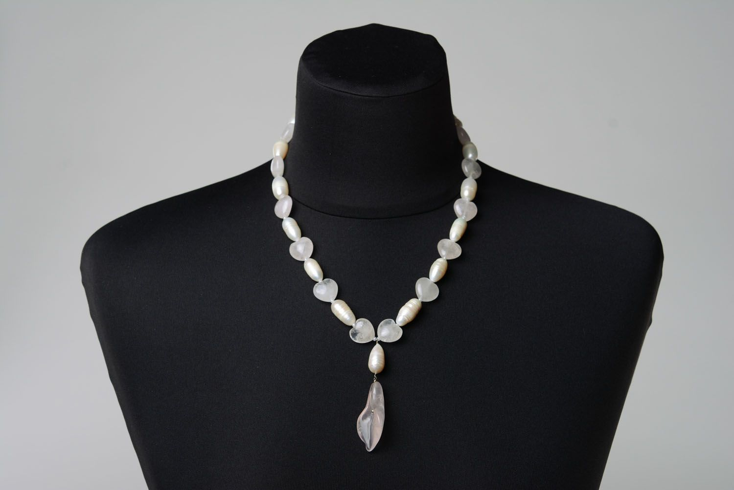 Designer's necklace made of natural stone photo 2