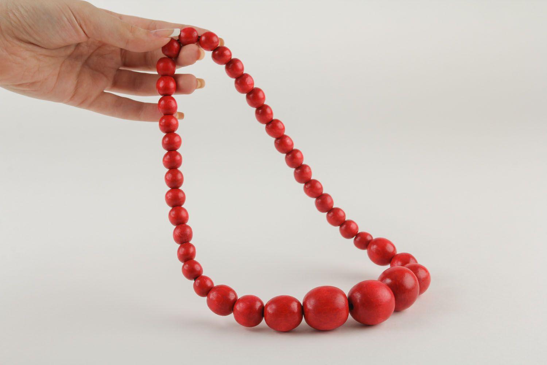 madeheart collier rouge en perles de bois fait main. Black Bedroom Furniture Sets. Home Design Ideas