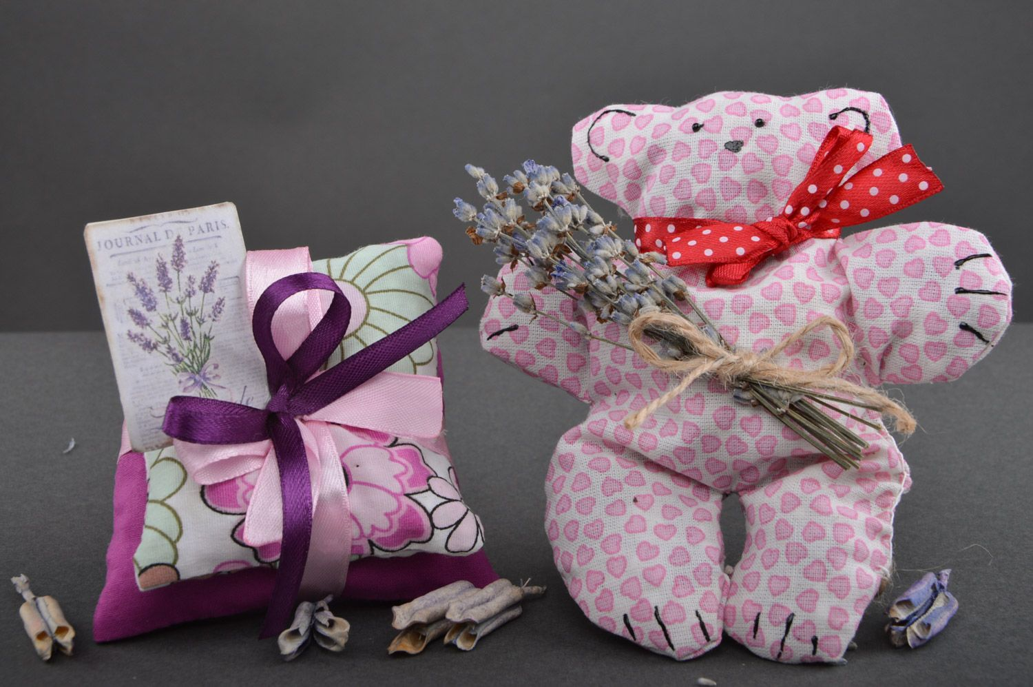 Set of handmade sachet pillows with herbs and soft fabric toy bear 3 items photo 2