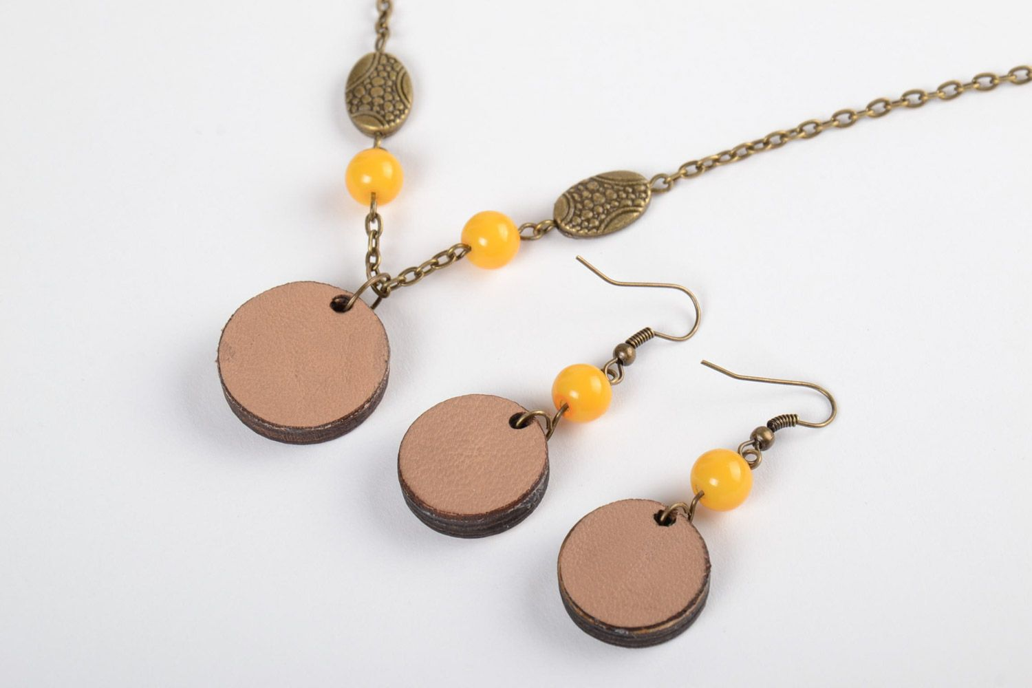Handmade plywood jewellery round earrings and pendant with embroidery in ethnic style photo 3