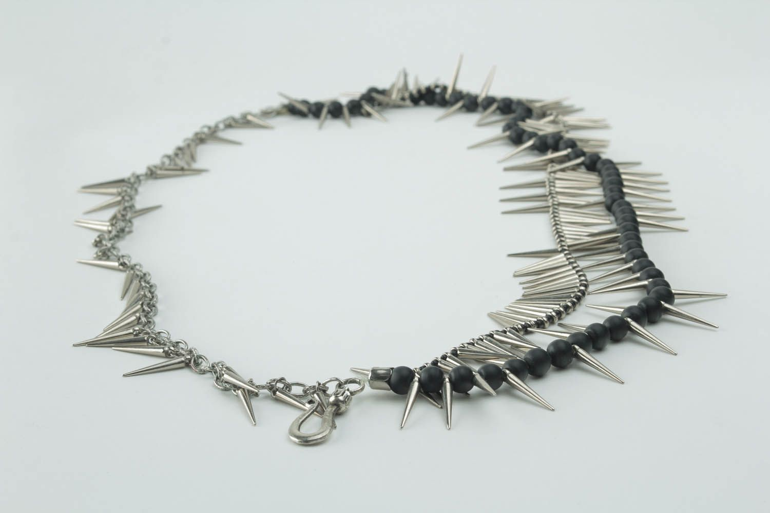 Unique metal necklace with spikes photo 3